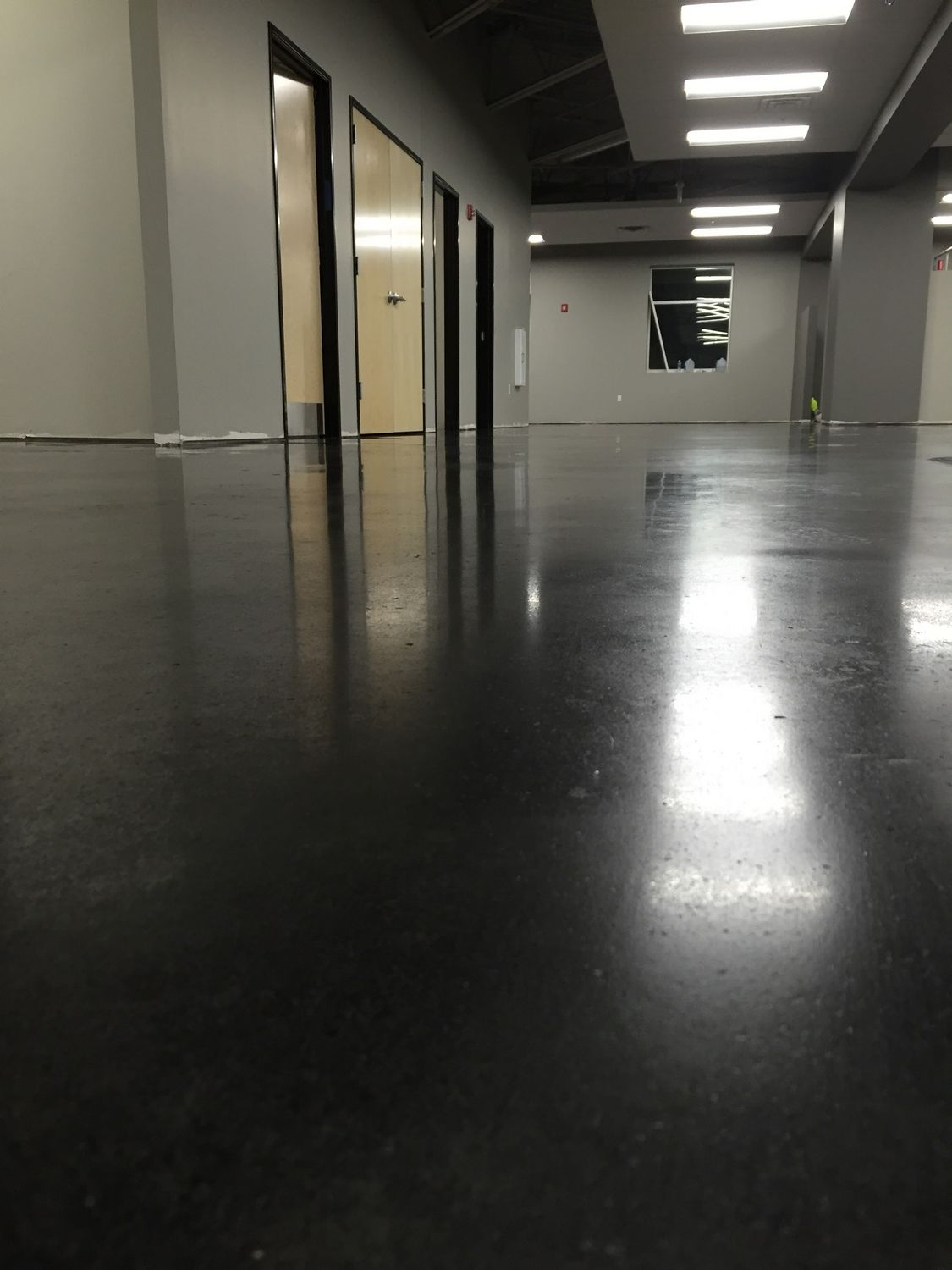 indianapolis-concrete-floor-polishing-1