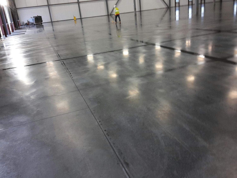 Indianapolis concrete floor polishing 13 grey rock for Concrete flooring service