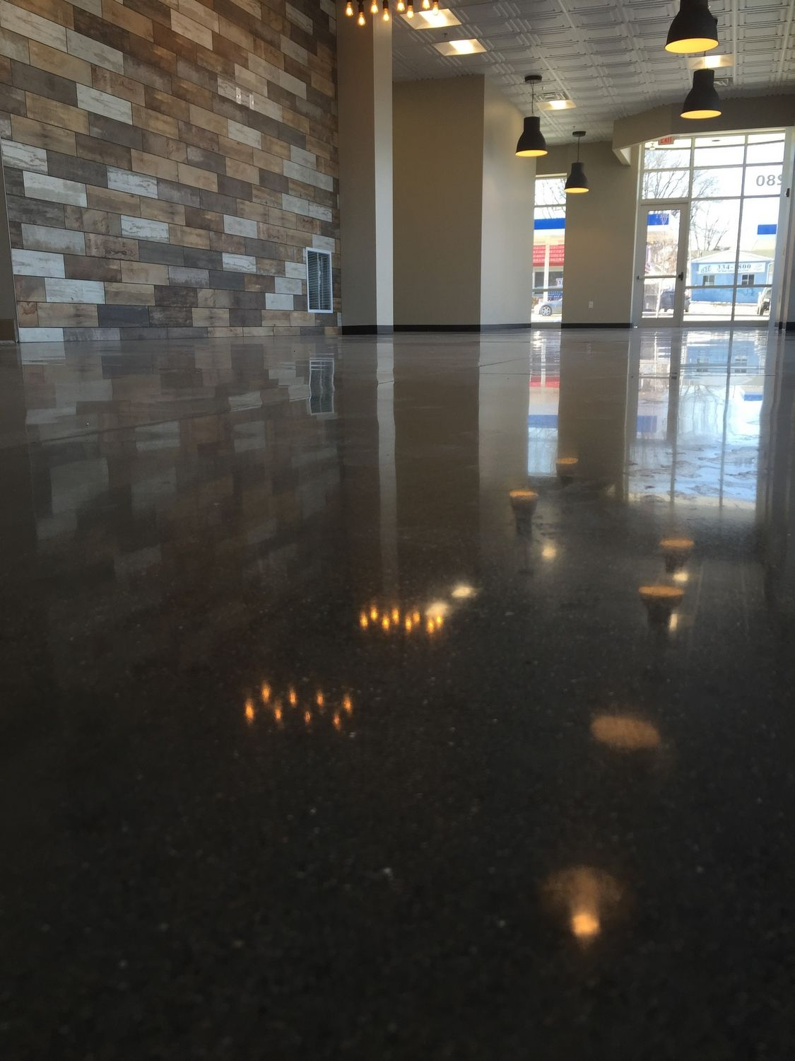 indianapolis-concrete-floor-polishing-4